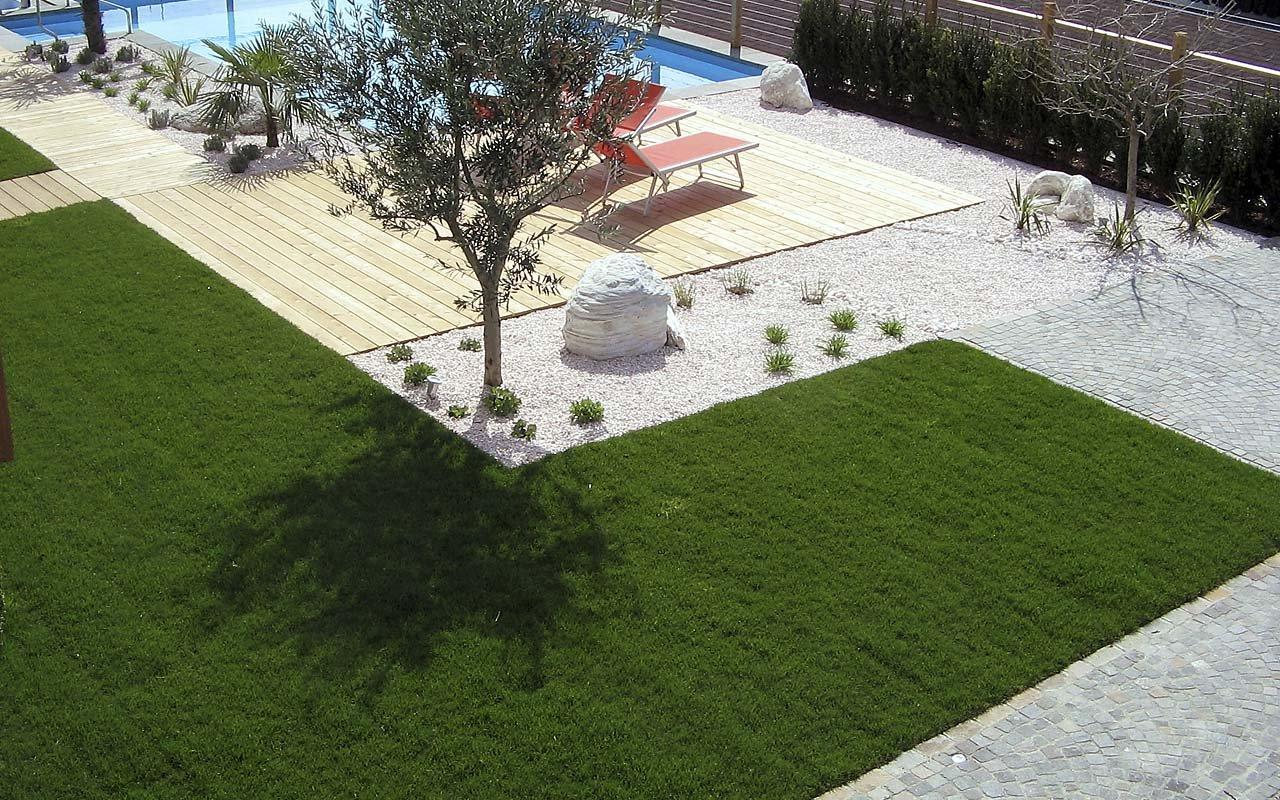 Realizzazione giardini e terrazzi - Gärtnerei | Landschaftsbau ...